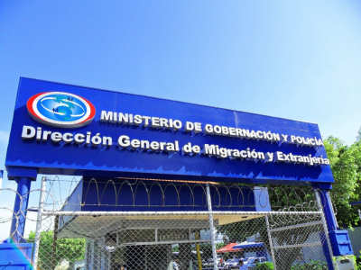 Invierta en costa rica c mo obtener la residencia legal for Ministerio de migracion